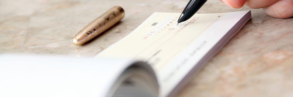 Tredicesima in busta paga: per i conviventi va aggiunta l'indennità di vitto e alloggio