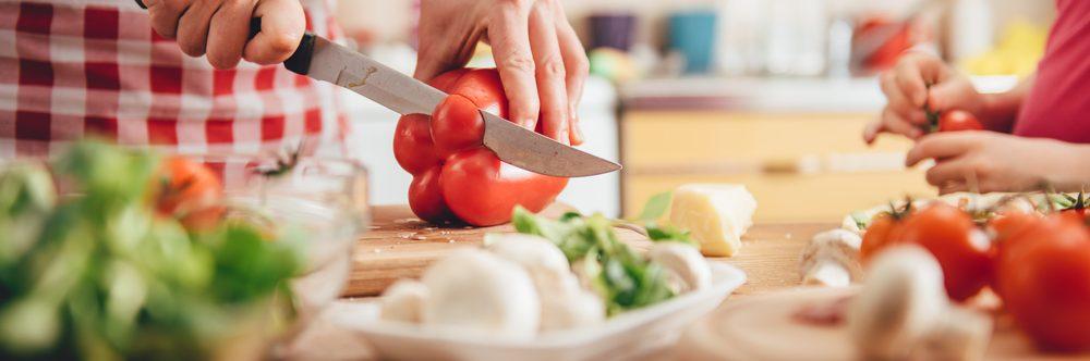 Pausa pranzo e lavoro domestico: chi ne ha diritto e in quale modalità